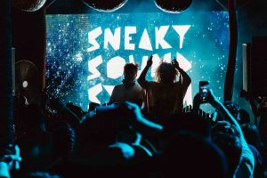 nightlife-in-seminyak-sneaky-sound-system